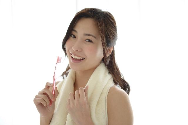 歯磨き女子